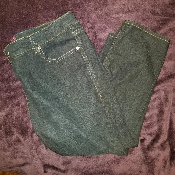 dbf54ab125964 Torrid Dark Wash Jeans. M 5bf4aa3d9fe4868123533e8b
